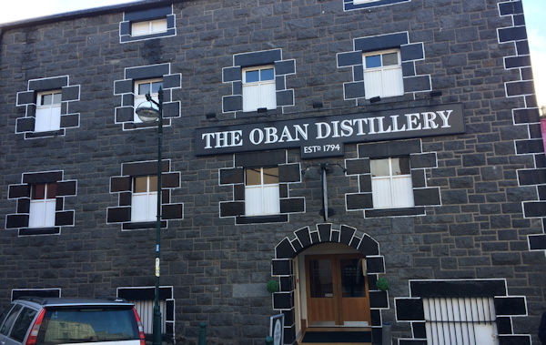 Planet Whiskies tour of the Oban Distillery