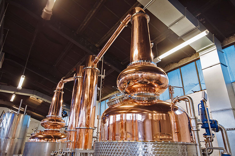 Barclays backs Glasgow Distillery's global growth plans with £5.5m facility.