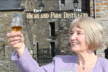 Latest Whisky News - Highland Park visitor centre retains five star accolade - 28th September, 2010