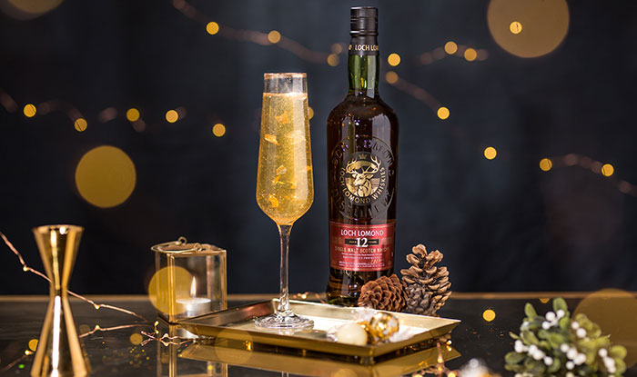 Loch Lomond Single Malt creates Hogmanay toast with a golden twist