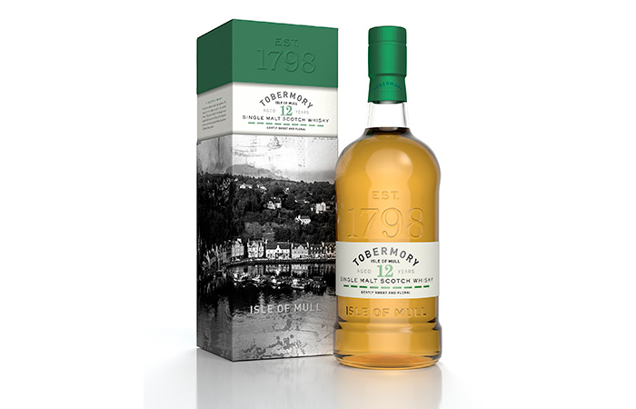 Tobermory Distillery Celebrates launch 12 year old Signature Expression