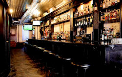 Caledonia Scottish Pub - Manhattan - New York  - Excellent Whisky Bar and famous worldwide